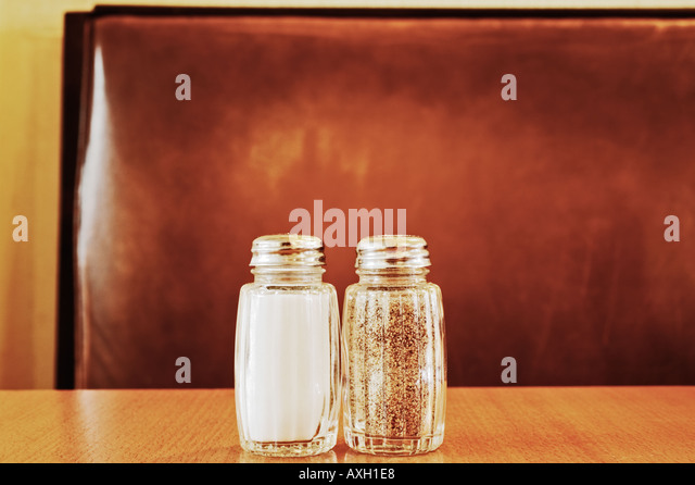 Salt And Pepper Shakers - Stock-Bilder