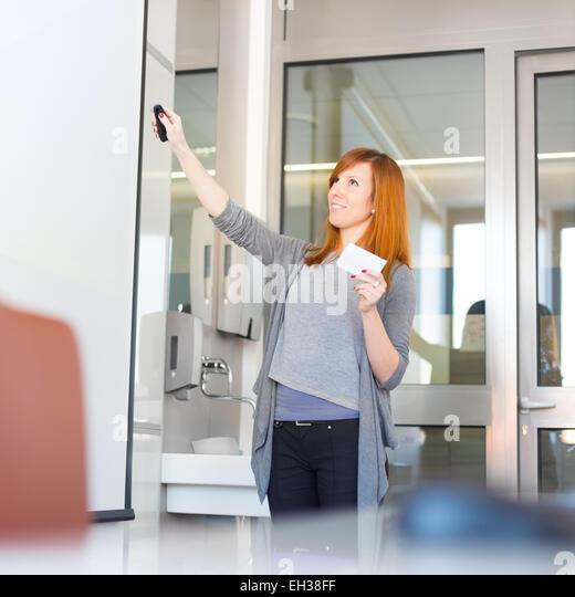 Businesswoman giving a talk. - Stock-Bilder