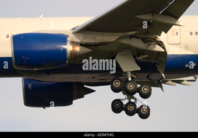 Commercial airliner's landing gear - Stock Image