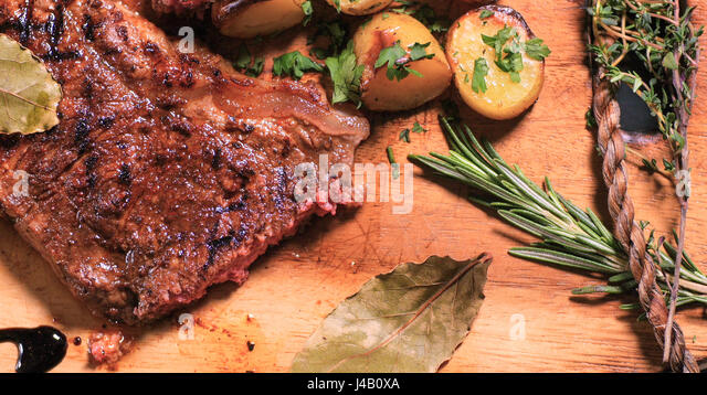 Steak Asparagus Tomatoes Stock Photos & Steak Asparagus ...