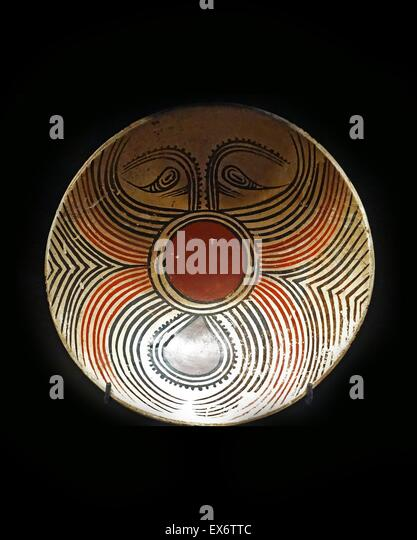 Polychrome ceramic from Panama. The ceramic would have been used in funerals and would have sat on a bed of ash. - Stock Image