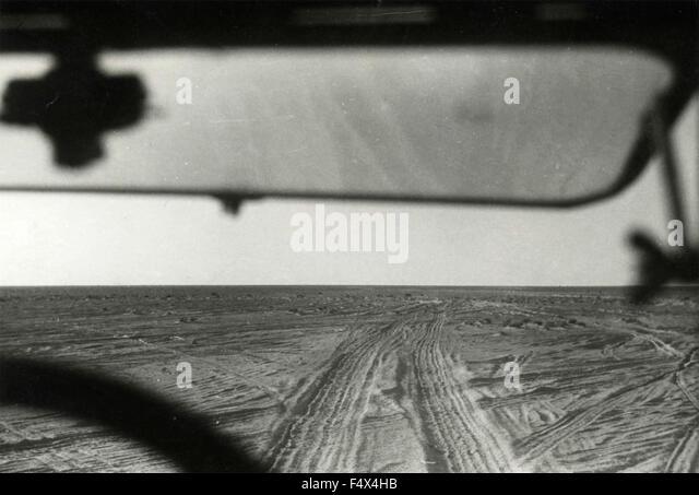The slopes of Marmarica desert, Libya - Stock Image
