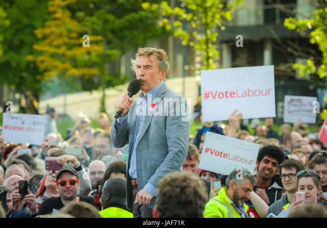 Birmingham UK Tuesday 6th June 2014. Actor and comedian Steve Coogan addresses a rally in support of the Labour - Stock Image