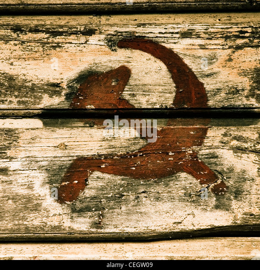 Hammer and Sickle, painted on wood - Stock Image