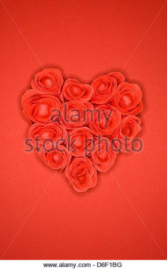 Heart shaped roses romantic valentines day present - Stock-Bilder