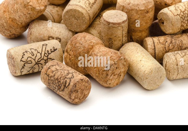 how to close the wine with cork
