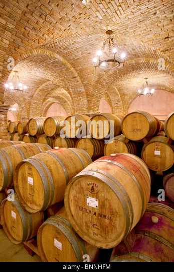 Wine aging in barrels in cellar. Castello di Amerorosa. Napa Valley, California. Property relased - Stock-Bilder