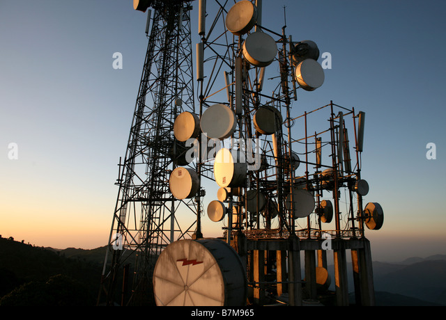 Satellite dishes and transmitters in the himalayas. - Stock-Bilder