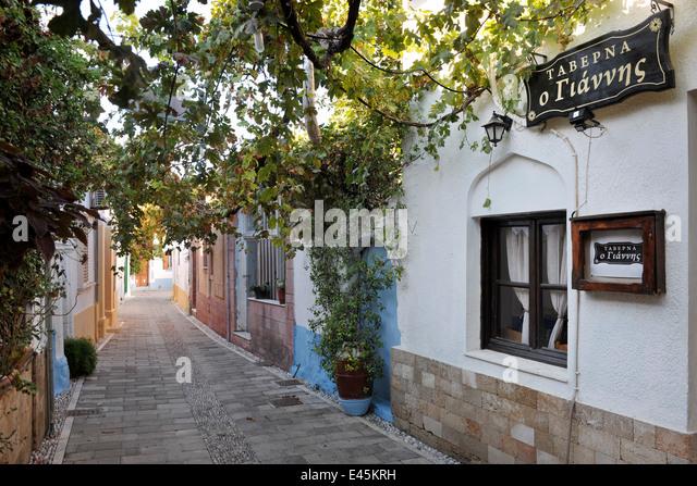 Restaurant rhodes dodecanese greece stock photos for Koskinou griechenland