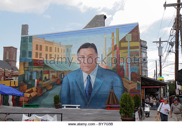 Pennsylvania Philadelphia South Philly South 9th Street Little Italy Italian Market public art mural immigrant ethnic - Stock Image