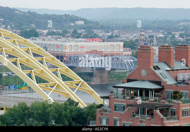 Ohio, Cincinnati, Mount Adams Historic Neighborhood, Ohio River View, Newport Kentucky, - Stock Image