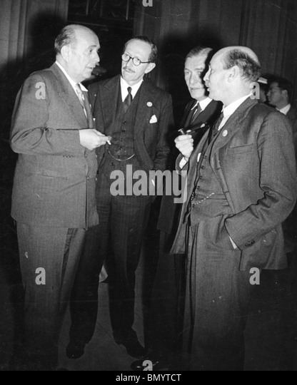 UN CONFERENCE June 1945. From l: Jan Masaryk, Viscount Cranborne, Vladimir Hurban, Czech Ambassador in Washington, - Stock Image