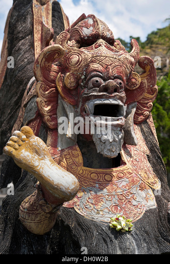 Guardian figure with a sacrifice, Hinduism, Bali, Indonesia, Southeast Asia, Asia - Stock Image