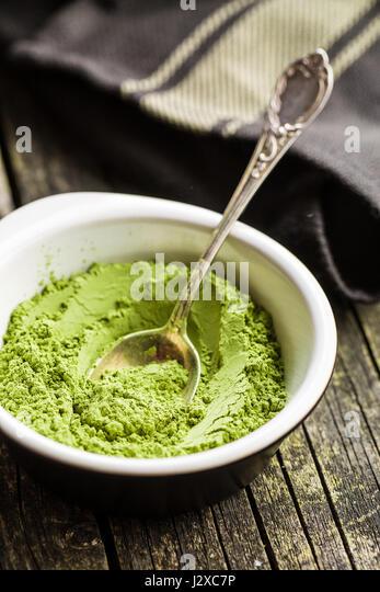 how to drink spirulina powder
