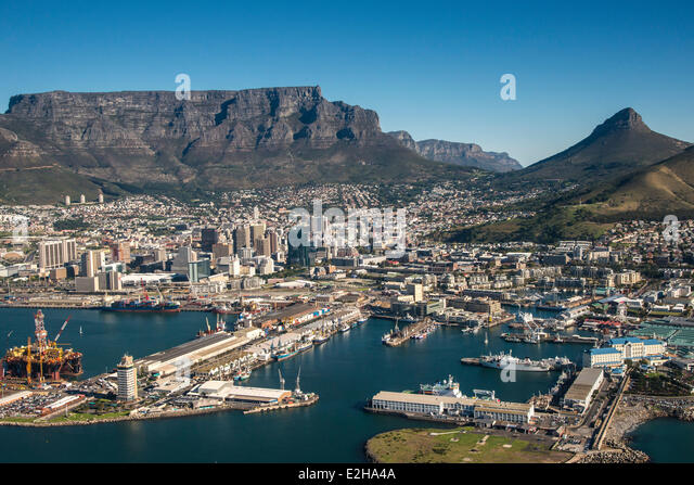 Aerial view, Cape Town Harbour, Victoria and Alfred Waterfront, Lionhead and Table Mountain, Cape Town, Western - Stock Image