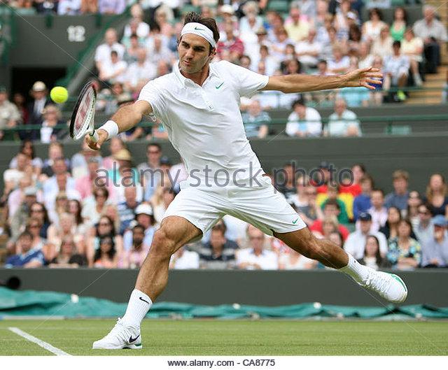 25/06/2012 - Wimbledon (Day 1) - Roger FEDERER (SUI) vs. Albert RAMOS (ESP) - Roger Federer - Photo: Simon Stacpoole - Stock-Bilder