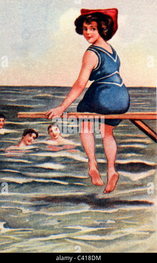 bathing, fashion, bathing suit, 1900, colour print, people, women, woman, sea, 19th/20th century, historic, historical, - Stock Image