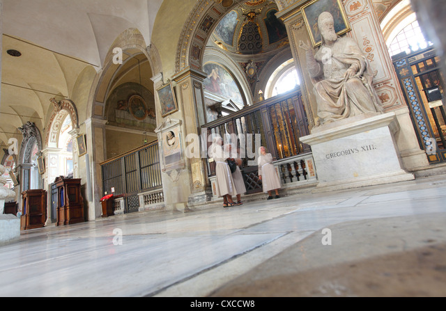Italy, Rome, Capitoline Hill, Santa Maria in Aracoeli, Basilica of, inside, interior, nuns - Stock Image
