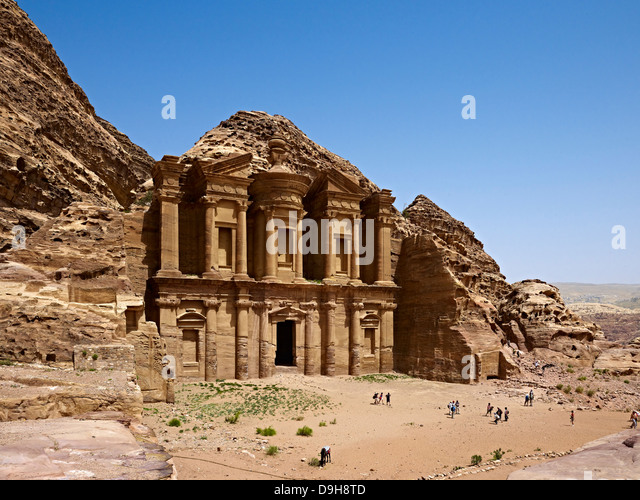 Rock grave ad-Deir or Monastery in Petra, Jordan, Middle East - Stock-Bilder