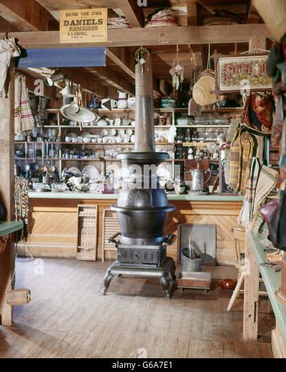 1960s INTERIOR OF NOSTALGIC COUNTRY STORE FOR LANDIS VALLEY FARM MUSEUM PA USA - Stock Image