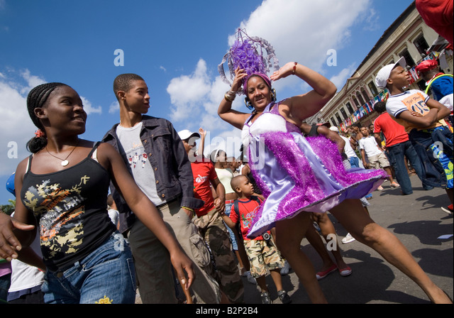 Afrocuban carnival group Los componedores de batea performing in the streets of La Habana Vieja Havana Cuba - Stock Image