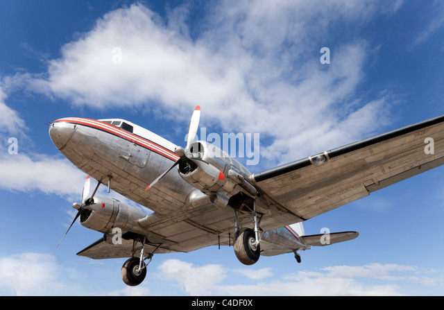 Old DC-3 propeller aircraft, beautifully restored and preserved - Stock Image