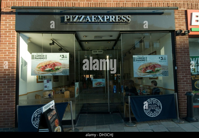 Franchised stock photos franchised stock images alamy for Franchise ad garage
