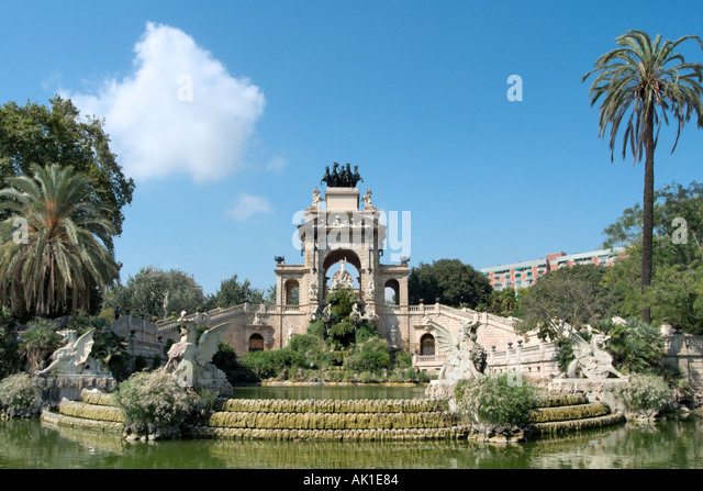 Fontsere stock photos fontsere stock images alamy for Barcelona jardin gaudi