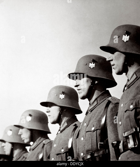 German soldiers, Germany, 1936. Artist: Unknown - Stock Image