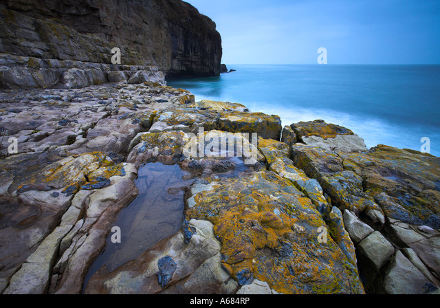 Moody winter morning on Dancing Ledge on the Isle of Purbeck, Dorset - Stock Image