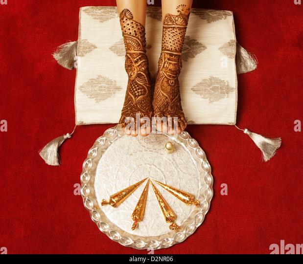 Mehndi Decoration Germany : Henna tattoo feet stock photos