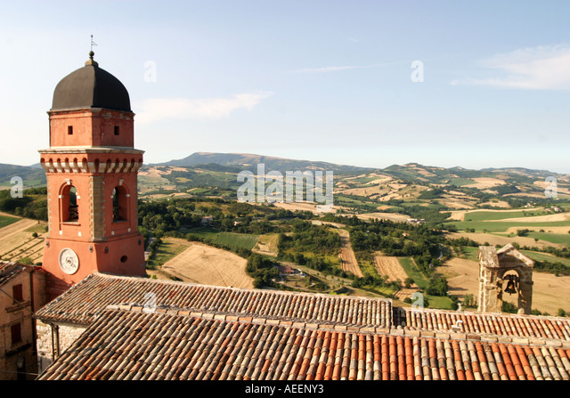 View over the rooftops of Castello Frontone to the Le Marche landscape,Italy. - Stock Image