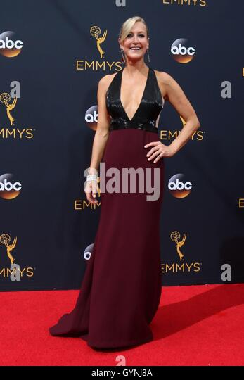 Los Angeles, CA, USA. 18th Sep, 2016. Lara Spencer at arrivals for The 68th Annual Primetime Emmy Awards 2016 - - Stock-Bilder