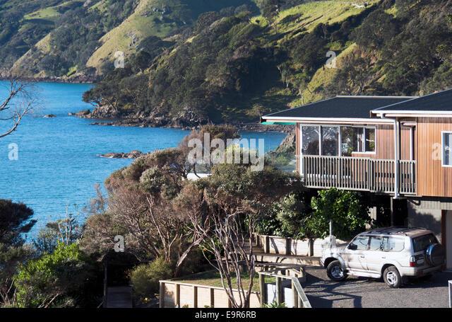 Holiday homes, Waitete Bay, Coromandel, New Zealand, Waitete Bay Coromandel Peninsular - Stock Image