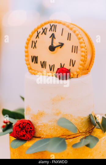 New Year Clock Cup Cake