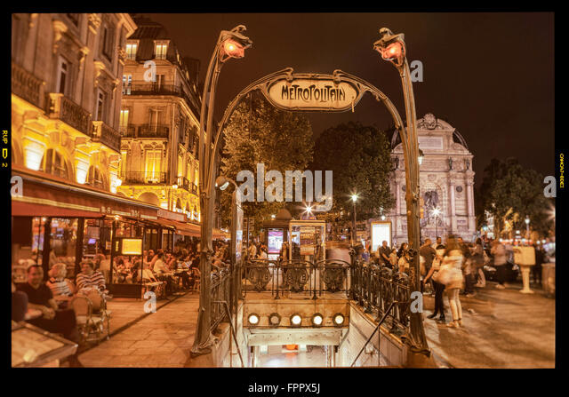 Saint michel metro station stock photos saint michel - Saint michel paris metro ...