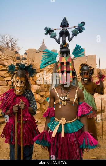 Masked Ceremonial Dogon Dancers, Sangha, Dogon Country, Mali - Stock-Bilder
