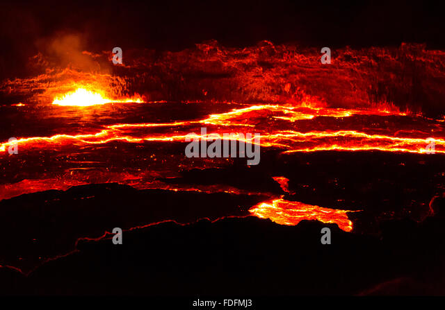 Bright lines show the cracks in the moving surface of Erta Ale's lava lake - Stock Image