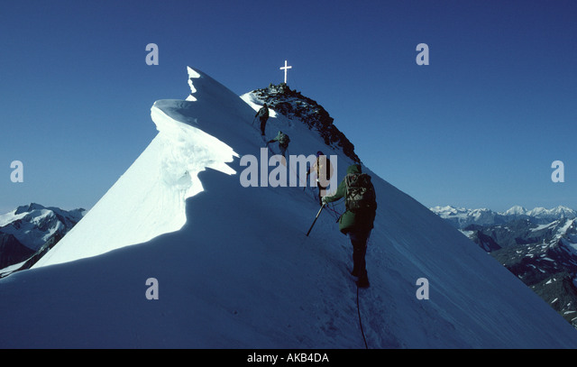 The summit ridge of the Wildspitze, Ötztal Alps, Austria - Stock Image