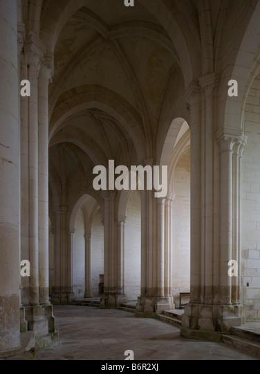 Pontigny,  Abteikirche, Chorumgang - Stock-Bilder