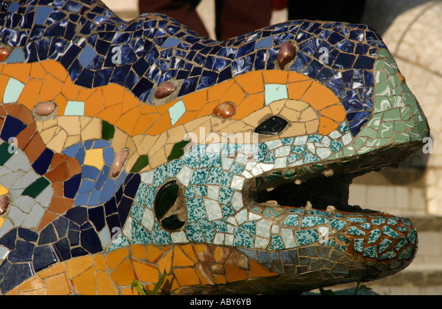 Gran dragon stock photos gran dragon stock images alamy for Barcelona jardin gaudi