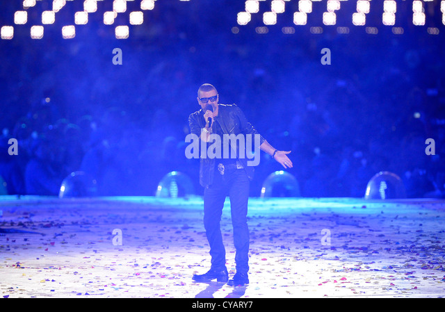 George Michael at the London 2012 olympics closing ceremony - Stock Image