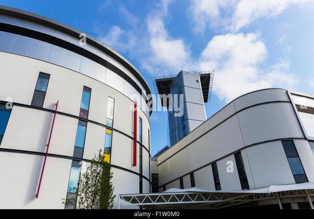 Hospital Helipad Stock Photos Amp Hospital Helipad Stock