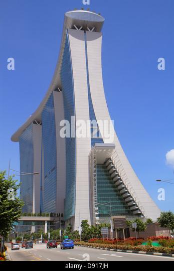Singapore Bayfront Avenue Marina Bay Sands hotel Skywalk outside exterior - Stock Image