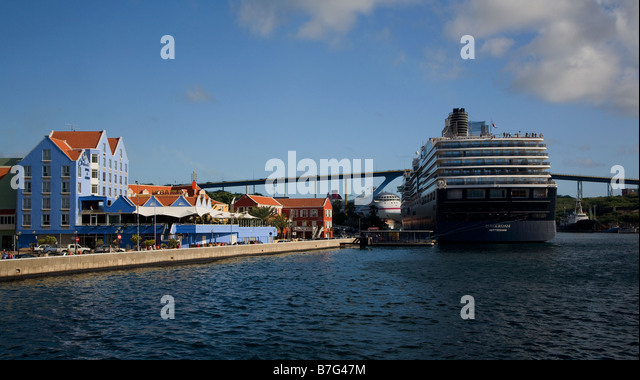 Willhemstad with cruise liners moored at docks, Curacao - Stock Image