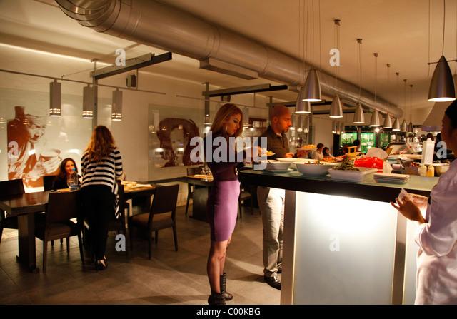 People at the trendy Noodasia restaurant in Abdoun circle, Amman, Jordan. - Stock Image