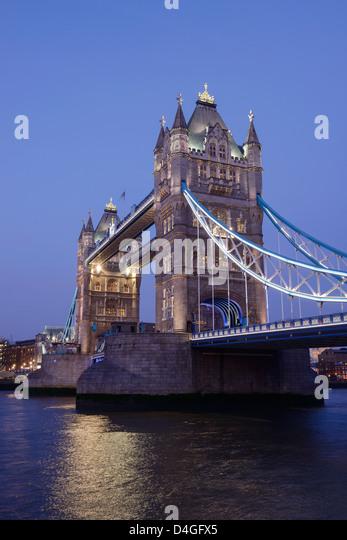 bridge gb night london - photo #38