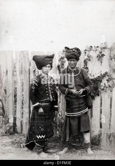 Kachin Women, Burma, ca 1889, by Felice Beato - Stock-Bilder