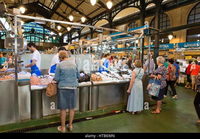 Interior of Mercado Central de Abastos food market, Calle Dona Blanca, Jerez de la Frontera, Cadiz province, Andalucia, - Stock Image