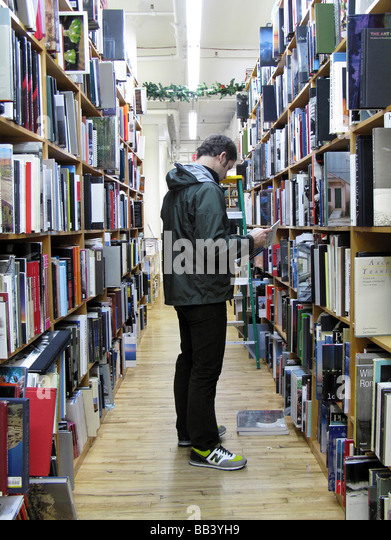 New York City, Strand bookstore, Broadway and 12th Street; 18 miles of books. - Stock Image